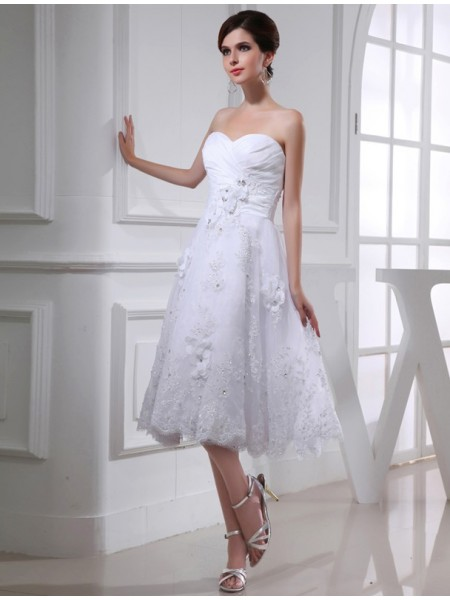 Fashion A-Line/Princess Sweetheart Sleeveless Beading Organza Applique Taffeta Wedding Dresses