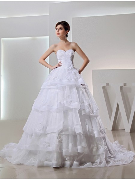 Stylish Beading Long Organza Ball Gown Sweetheart Applique Wedding Dresses