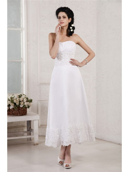 Stylish A-Line/Princess Sleeveless Pleats Strapless Applique Beading Short Chiffon Wedding Dresses
