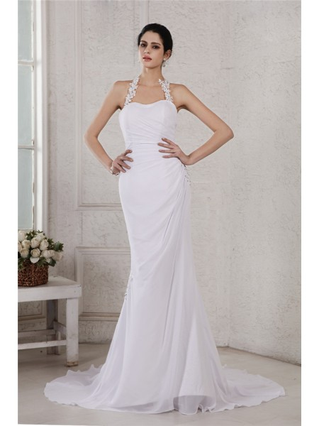 Stylish Trumpet/Mermaid Sleeveless Beading Halter Applique Long Chiffon Wedding Dresses