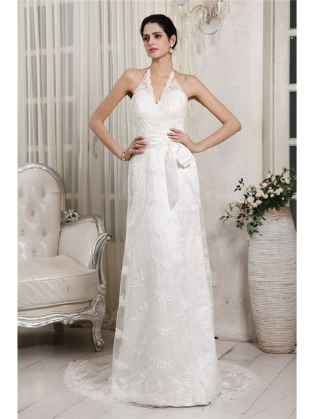 Stylish Sheath/Column Sleeveless Lace V-neck Applique Long Net Wedding Dresses
