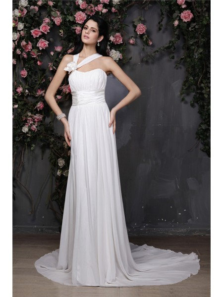 Fashion Sheath/Column Sleeveless Hand-Made Halter Flower Pleats Long Chiffon Wedding Dresses