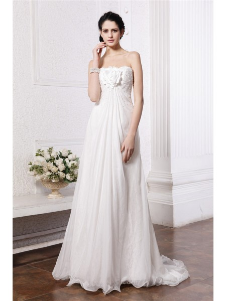 Stylish A-Line/Princess Sleeveless Beading Strapless Hand-Made Flower Long Chiffon Wedding Dresses