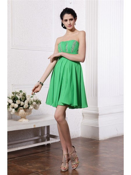 Fashion Sheath/Column Sleeveless Beading Strapless Pleats Short Chiffon Cocktail Dresses