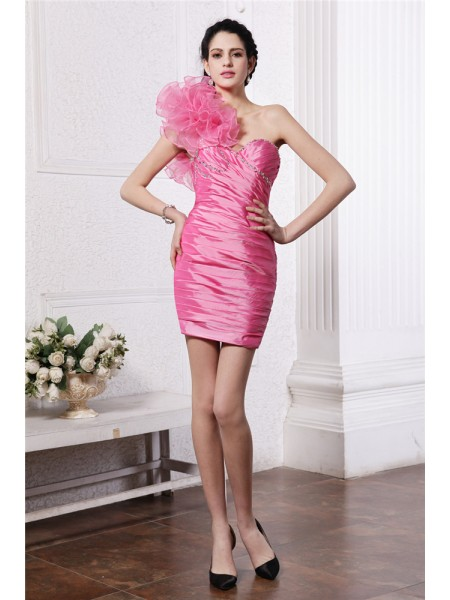 Fashion Sheath/Column Sleeveless Beading One-Shoulder Ruffles Short Taffeta Cocktail Dresses