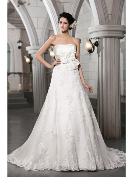 Fashion A-Line/Princess Sleeveless Beading Strapless Applique Hand-Made Flower Long Satin