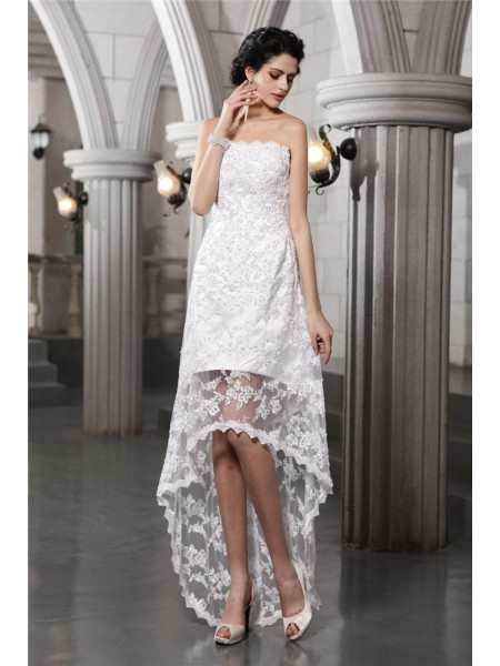 Fashion Sheath/Column Sleeveless Beading Strapless High Low Lace Wedding Dresses