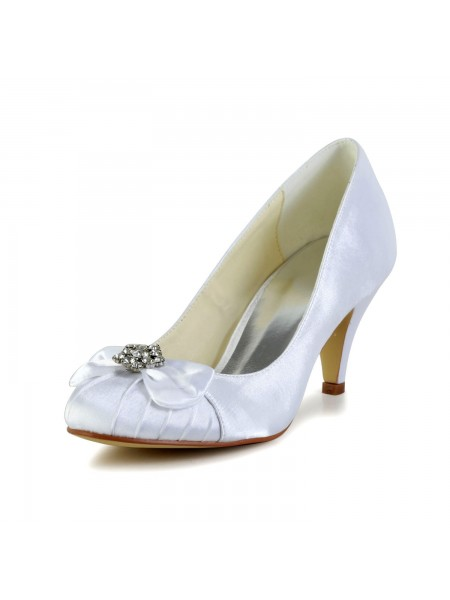 The Most Fashionable Women's Satin Cone Heel Closed Toe White Wedding Shoes With Bowknot Rhinestone