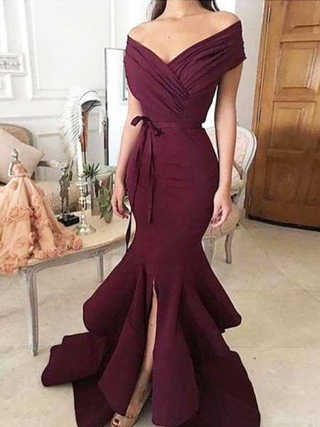 Trumpet/Mermaid Off-the-Shoulder Sleeveless Floor-Length Ruched Stretch Crepe Dresses