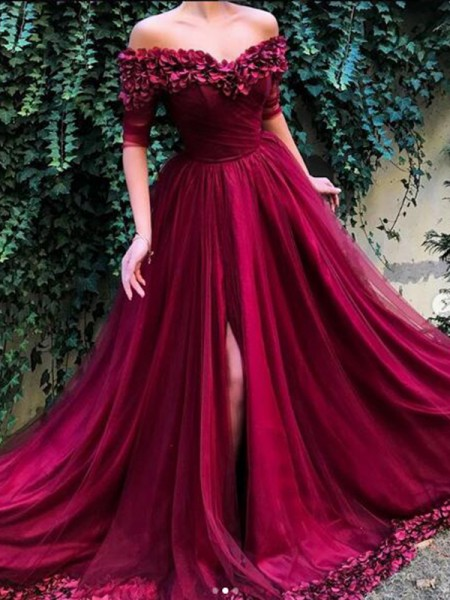 A-Line/Princess 1/2 Sleeves Off-the-Shoulder Sweep/Brush Train Ruffles Tulle Dresses