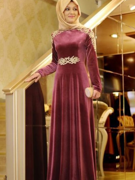 A-Line/Princess Long Sleeves Scoop Floor-Length Ruffles Velvet Muslim Dresses
