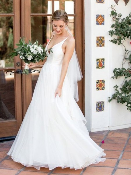 Fashion A-Line V-neck Sleeveless Sweep/Brush Train With Ruffles Tulle Wedding Dresses