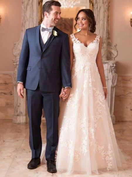 Fashion A-Line V-neck Sleeveless Sweep/Brush Train With Applique Tulle Wedding Dresses