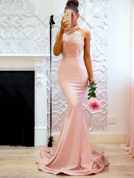 Fashion Trumpet/Mermaid Sleeveless Halter Sweep/Brush Train Lace Satin Dresses