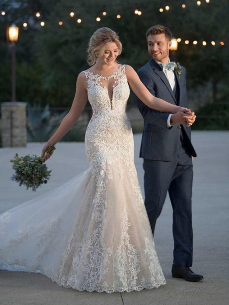 Trumpet/Mermaid Tulle Applique Scoop Sleeveless Sweep/Brush Train Wedding Dresses