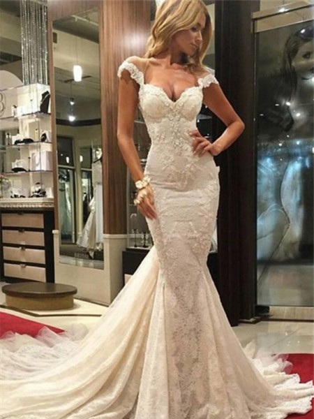 Stylish Trumpet/Mermaid Chapel Train Sleeveless V-neck Lace Wedding Dresses