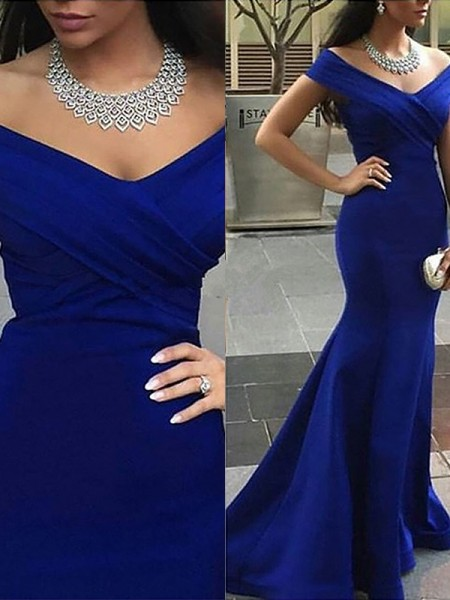 Fashion Trumpet/Mermaid Sleeveless Satin Off-the-Shoulder Sweep/Brush Train Dresses