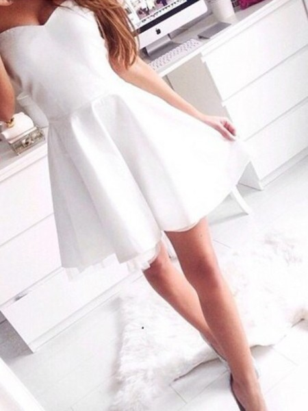Stylish A-Line/Princess Sweetheart Short/Mini Sleeveless Satin Dresses