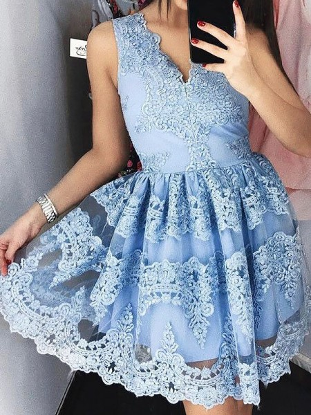 Fashion A-Line/Princess Lace Short/Mini Sleeveless V-neck Dresses