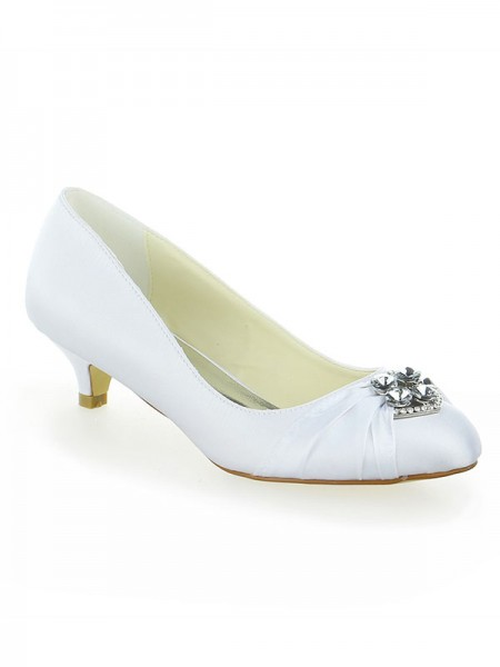 The Most Stylish Women's Satin Lace Platform Closed Toe With Bowknot Kitten Heel White Wedding Shoes