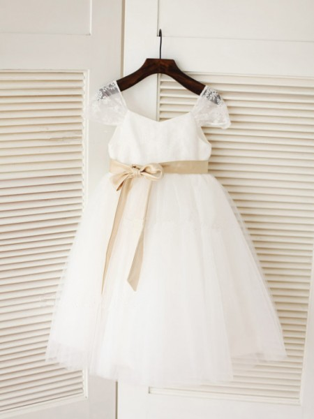 The Most Stylish Ball Gown Scoop Sleeveless Sash/Ribbon/Belt Long Tulle Dresses
