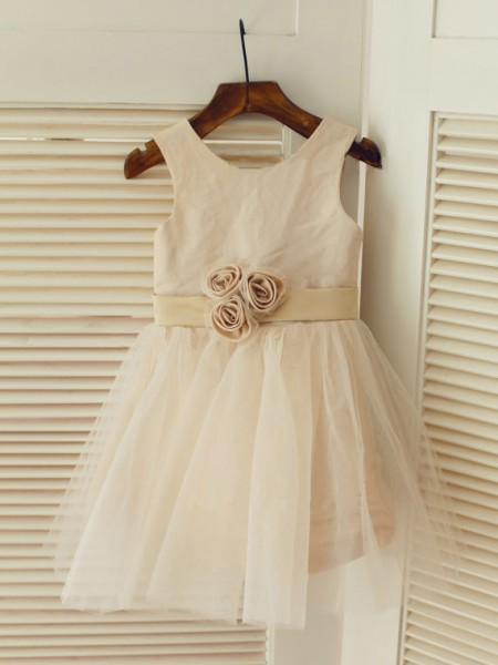 The Most Fashionable A-line/Princess Scoop Sleeveless Sash/Ribbon/Belt Long Tulle Dresses