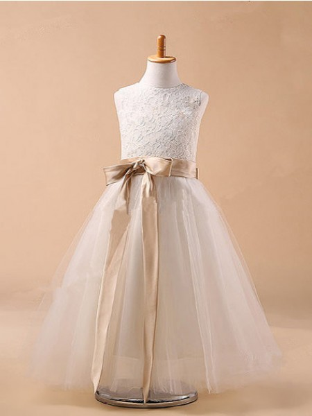 The Most Stylish Ball Gown Jewel Sleeveless Bowknot Long Tulle Dresses